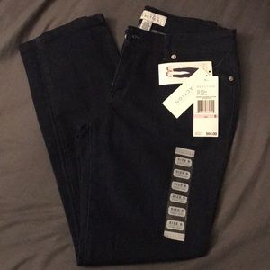 Kenneth Cole Reaction Skinny Crop Jeans